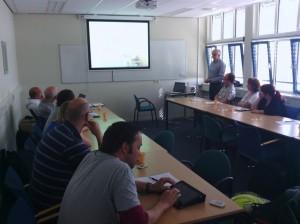 Jan van Stormbroek tijdens zijn presentatie